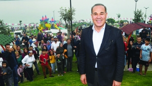 Büyükşehir Belediyesi'nden festival tadında açılış