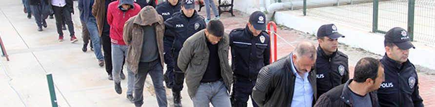 Gözaltına alınan 21 kişi adliyeye sevk edildi