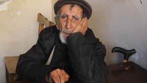 74 yaşındaki adamın yaşlılık maaşını çaldılar