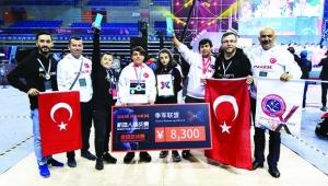 Adanalı öğrenciler, Çin'de dünya üçüncüsü oldu