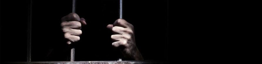 Akşener'in hukuk danışmanına FETÖ'den hapis