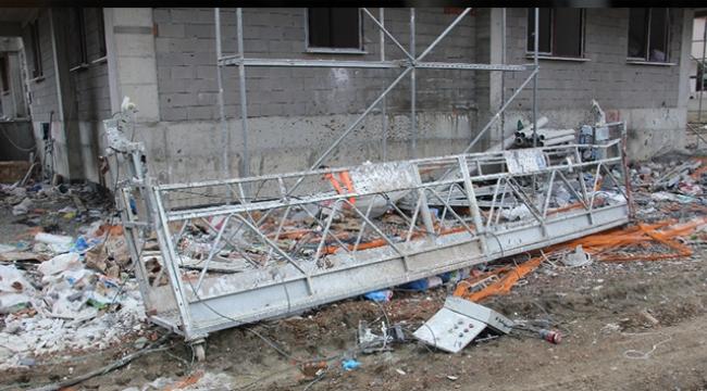 Platform 15. kattan yere çakıldı