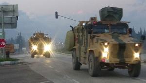 Sınıra 30 askeri araç sevk edildi