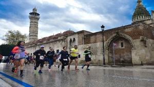 Adana Kurtuluş Yarı Maratonu sonuçları belli oldu