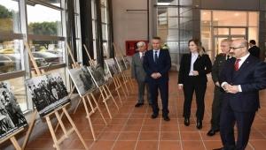 Adana'nın kurtuluşunu konu alan fotoğraf sergisi açıldı