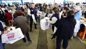 Büyükşehir'den ücretsiz 250 bin adet bez çanta