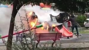 Çocuk parkında yangın çıktı