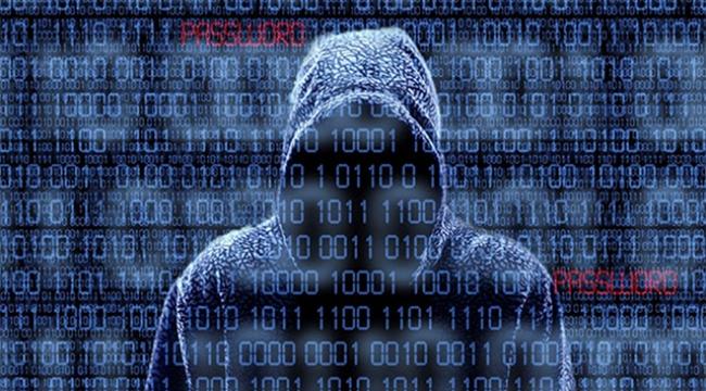 Hacker'lar siyasetçilerin özel bilgilerini ele geçirdi
