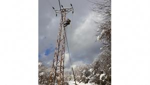 Toroslar EDAŞ, zorlu kış şartları ile mücadele ediyor