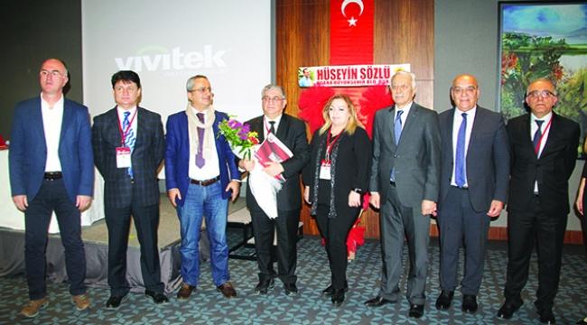 'Türk dünyasının sanat serüveni üç döneme ayrılır'