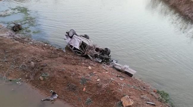 Otomobil nehre uçtu ölü ve yaralılar var