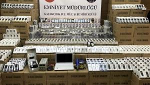 47 bin gümrük kaçağı cep telefonu ele geçirildi