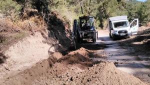 ASKİ, Feke Akoluk Mahallesi'nin su sorununu çözüyor