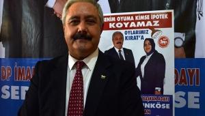 Belediye Başkan adaylığı düşürülünce eşini aday ilan etti