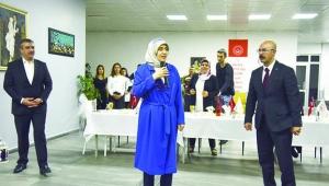 Beyhan Demirtaş ilahi ve semazen gösterisine katıldı