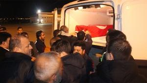 Öldürülen gencin cenazesi Türkiye'ye getirildi
