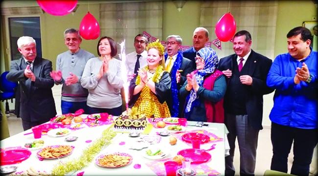 Polyanna Succi Kara 18. Yaş Gününü İşemder Lokalinde Kutladı