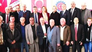 Rakipsiz Başkan Ahmet Kahraman güven tazeledi