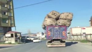 Trafikte böyle tehlike saçtı