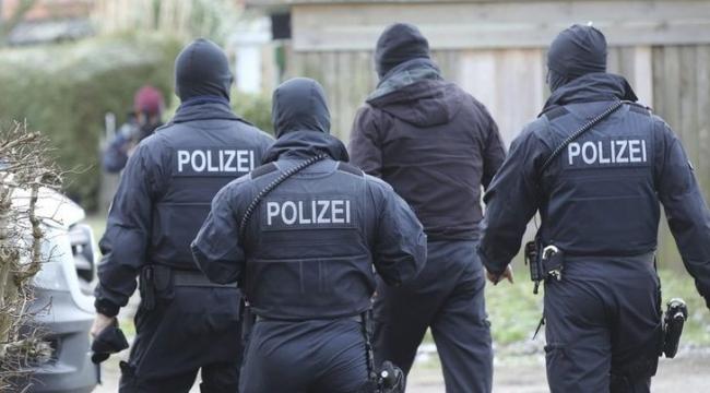 Almanya'da facia 3 Türk genci öldü