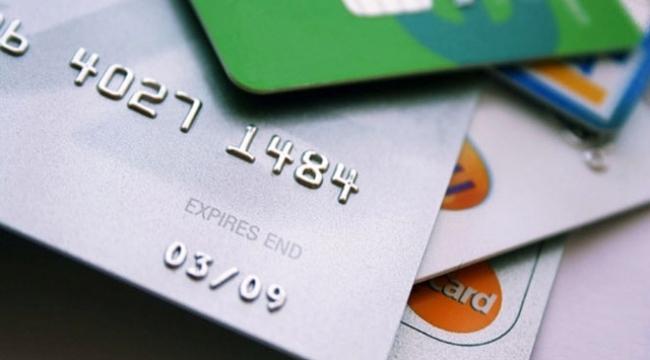 Dolandırıcılar kredi kartlarını kopyalayarak 1 milyonluk vurgun yaptı