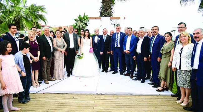 Müzeyyen Şevkin'den düğün teşekkürü