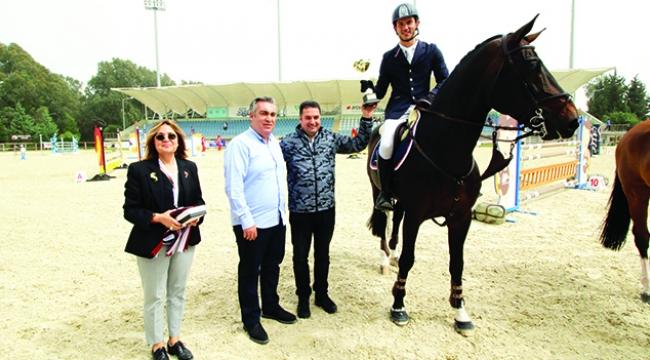 'Siec Casthago' isimli atla Oğuz Dalmış şampiyon