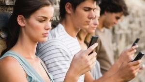 Teknoloji 'aklandı': Ekran önünde uzun süre harcamak psikolojik sorun yaratmıyor!