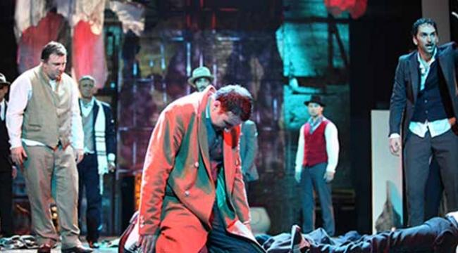 Tiyatro festivali muhteşem oyunlara ev sahipliği yapıyor