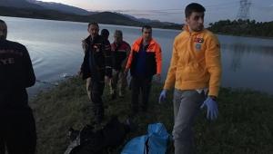 3 çocuk baraj gölüne boğuldu