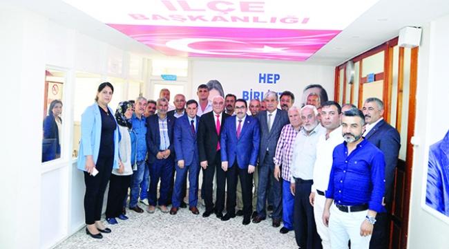AK Parti'li vekillerden yoğun ziyaret mesaisi
