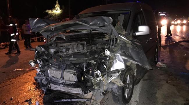 Feci kaza: 2'si çocuk 10 kişi yaralandı