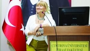 'Gençlik, Yaratıcılık ve Estetik Zihin' konferansı ilgi gördü