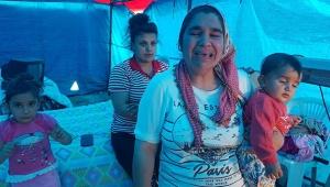 İki çocuğunu kurtardı bir çocuğu alevlere teslim oldu