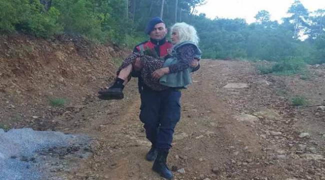 Ormanda kaybolan 100 yaşındaki kadın bulundu