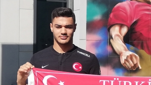 Ozan Kabak, Milli Takım aday kadrosundan çıkarıldı