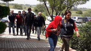 PKK operasyonunda gözaltına alınan kadından ilginç tepki
