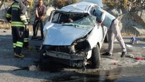 Düğüne giderken kaza yaptılar: 5 yaralı