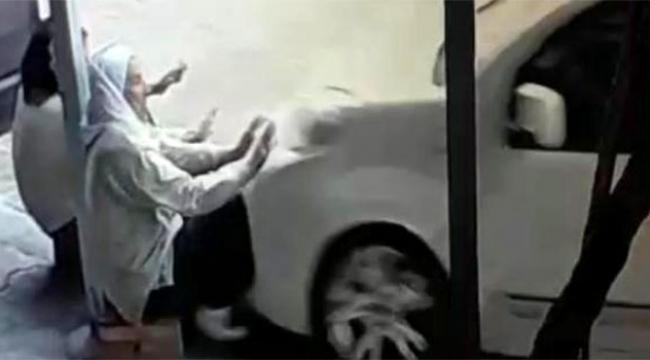Ehliyetsiz sürücü kaldırımda oturan iki kadını ezerek öldürdü
