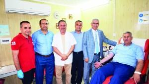 Kızılay Şube Başkanları kan bağışı yaptı