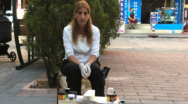 Şiddetten kaçtı, ayakkabı boyayarak yaşama tutunuyor