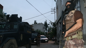 Terör örgütü eylemcilerine şafak baskını