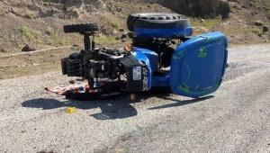 Virajı alamayan traktör devrildi: 1 ölü 3 yaralı