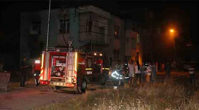 Yangın meydana gelen evde çocuklar dumandan etkilendi