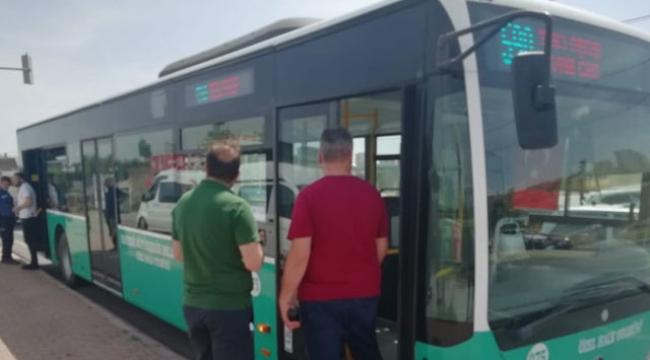 Yolcu gibi otobüsü durdurup dehşet saçtı