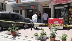 Anne kız evlerinde silahlı saldırıya uğradı