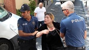 Karı kocanın kavgası mahalleyi ayağa kaldırdı