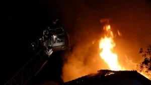 500 aracın bulunduğu otoparkta yangın
