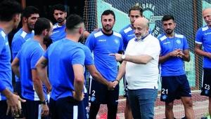 """""""Demirspor'un yakasından düşün"""""""