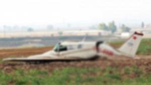 Eğitim uçağı düştü uçaktakiler hayatını kaybetti